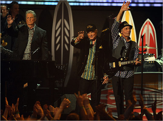 The legendary Beach Boys reunited onstage to do a medley, starting with 'Good Vibrations.' They were feted by current groups Foster the People and Maroon 5.