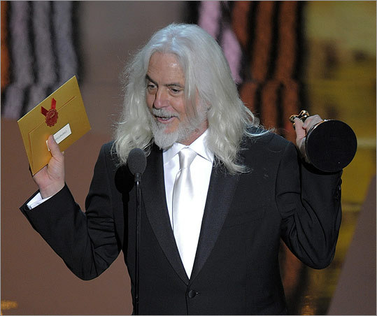 "Robert Richardson accepted the Oscar for best cinematography for ""Hugo.'"