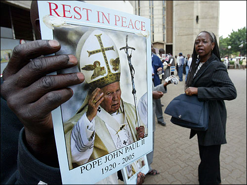 Kenyan Catholics arrived at the start of a Mass for the pope at the Holy Family Basilica in Nairobi.