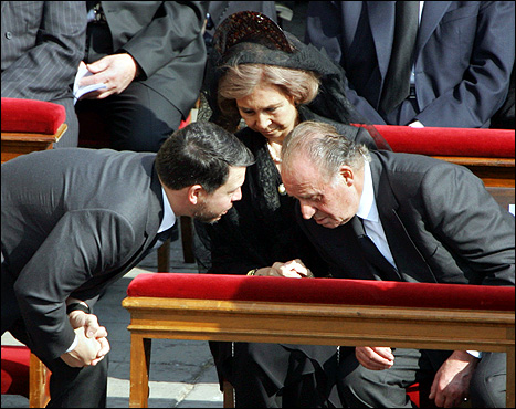 Jordanian King Abdullah II (left) spoke with King Juan Carlos and Queen Sofia of Spain before the funeral of Pope John Paul II in St. Peter's Square at Vatican City.