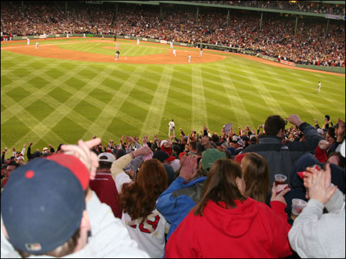 The bleacher crowd applauded when Manny Ramirez circled the bases after his eighth homer of the season put the Sox ahead 4-1 in the third inning.