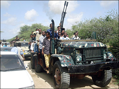 Islamist fighters mobilized yesterday in Somalia after claiming victory over a US-backed warlord alliance in Mogadishu.