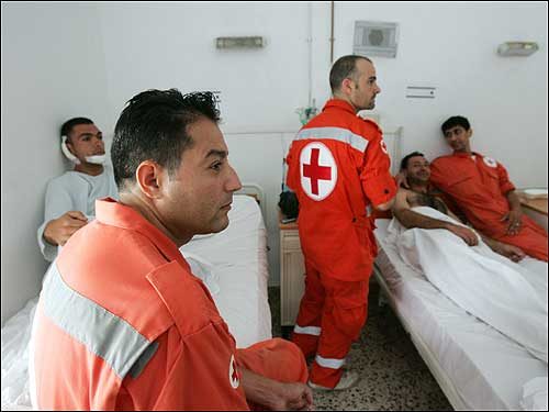 Lebanese ambulance workers recover from injuries
