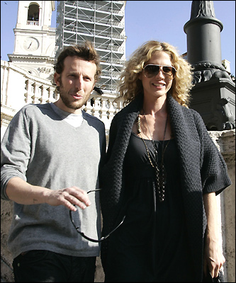 Actress Jenna Elfman and husband Bodhi Elfman