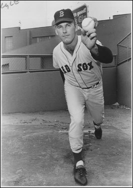 Sparky Lyle Lyle joined the Sox in 1967 and by the '69 season he became the team's top reliever. In 1972, in one of the worst trades in Red Sox history, he was dealt to the Yankees in for first baseman Danny Cater and saved 35 games for the Bombers, an AL record at the time. Lyle became the Yankees' bullpen ace, helping the Yankees to three straight pennants from 1976-'78 while winning the 1977 AL Cy Young award. ( Lyle's stats and facts )