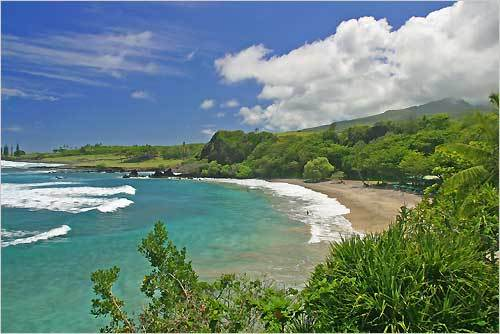 7. Hamoa Beach Maui, Hawaii Plan your trip