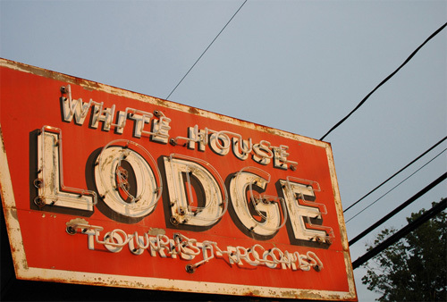 White House Lodge