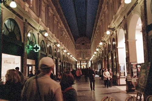 Galeries St. Hubert: 1st shopping arcade - 1847