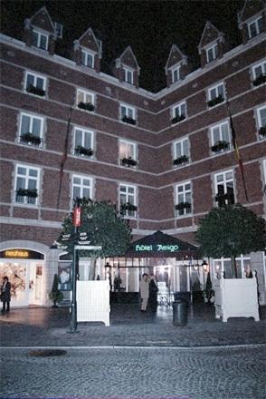 Hotel Amigo - formally a prison