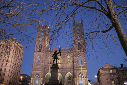 Basilique Notre-Dame at dusk