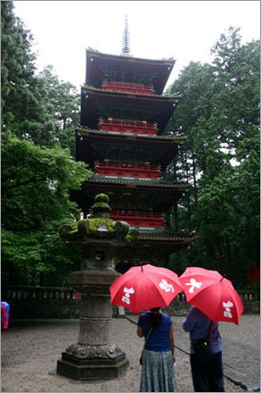 The 5-story pagoda at Ueno Park. Ueno's attractions included a zoo, a lovely pond, shrines and temples.