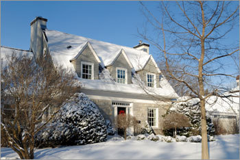 Many sellers treat winter like some northern animals – they hibernate and wait for spring. And while there are also likely to be fewer buyers in the cold winter months, one advantage winter sellers have is there is less competition. If you plan on keeping your home on the market throughout the winter, Bankrate.com has compiled a list of ways you can make your home stand out through the cold and snowy winter months.