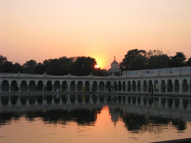 Sunset at the guruwara