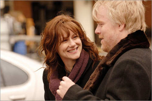 Laura Linney and Philip Seymour Hoffman