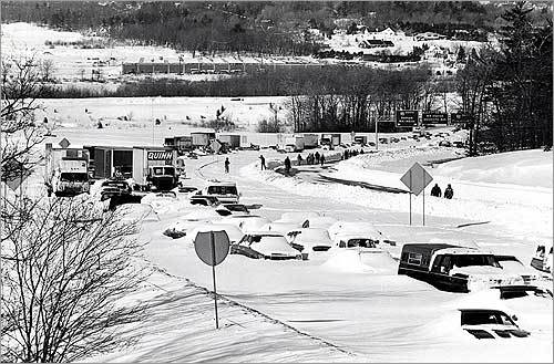 New England experienced many blizzards through the 20th century, but the most memorable was the blizzard of February 1978. It left much of the region paralyzed and claimed 54 lives, including 14 who died from carbon monoxide poisoning in cars stranded in snowdrifts on Route 128. Some 3,500 of those snow-covered cars were on an 8-mile stretch of the highway in the Dedham area. Hurricane winds drove the snow, which fell in many areas at more than an inch an hour. Along the coastline, tides ran 20 or more feet above normal.