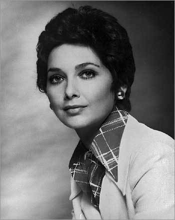 Suzanne Pleshette January 19 The dark-haired, smoky-voiced actress played Bob Newhart's sardonic and sexy wife, Emily Hartley, for six years on the '70s sitcom 'The Bob Newhart Show.' Called a 'pro's pro' by Newhart, the New York actress made her movie debut in the 1958 Jerry Lewis comedy 'The Geisha Boy.' She was 70. Archive 1/21/08 Sultry-voiced comic partner of Newhart