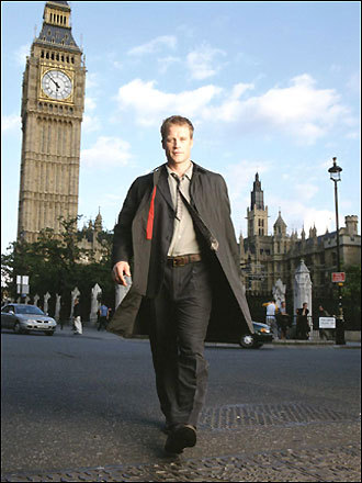 Mark Valley as 'Keen Eddie'