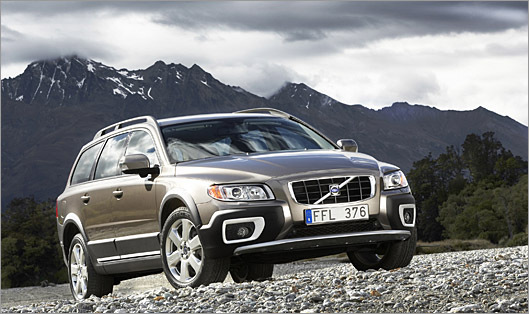 The Volvo XC70 topped the New England Motor Press Association's list of the best winter vehicles.