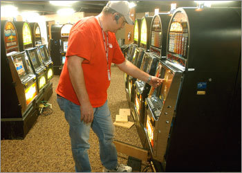 Slot technician