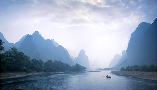 A journey on the Li River from Guilin to Yangshuo in Guangxi Province reveals a Chinese national treasure.