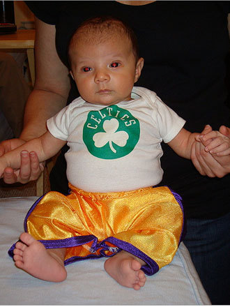 Sam was already a part of the Celtics-Lakers rivalry at 5 weeks old. His father is a Celtics fan from Connecticut and his mother is a Lakers fan from Southern California. Dad won this time around! Send us your Celtics fan photos!