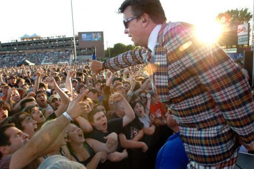 Singer Dicky Barrett leads The Mighty Mighty Bosstones