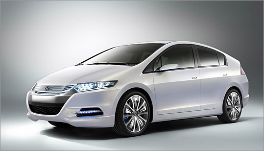 The Honda Insight Concept is pretty much what the production model will look like in April 2009.