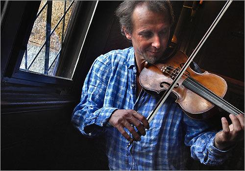 Violinist Gilles Apap headlined the Boston Philharmonic's concerts last week