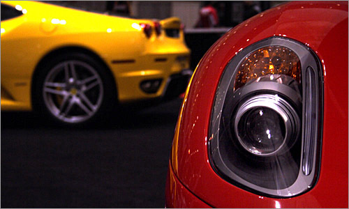 Tobias captures the xenon headlamp of the Ferrari 599 GTB, and artfully places the F430 in the background.