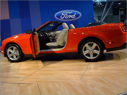 Casey Silverberg of Duxbury snapped a side profile of the 2010 Ford Mustang Convertible.