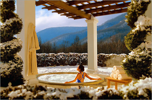The outdoor hot tub at The Equinox in Machester Village, Vt., overlooks the mountains.