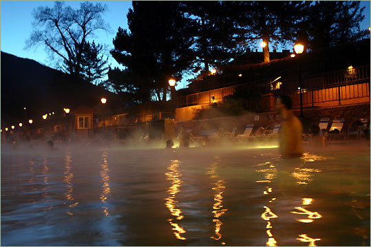 Glenwood Hot Springs is the largest mineral hot springs pool, larger than football field.