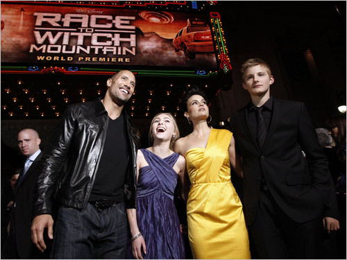 From left, 'Race to Witch Mountain' cast members Dwayne Johnson, AnnaSophia Robb, Carla Gugino, and Alexander Ludwig