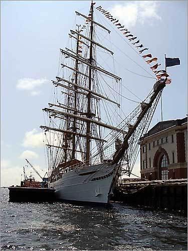 tall ship at Sail Boston 2009