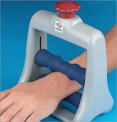 The Forearm Pain Relief Massager Hours of typing gives way to term paper - and sore wrists. Ease that tension with Hammacher Schlemmer's Forearm Pain Relief Massager. The compact massager was invented by a licensed massage therapist and costs $49.95.