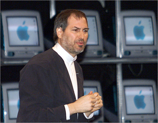 Jobs also took his show on the international road. Here, he spoke at the Tokyo Macworld expo in 1999.