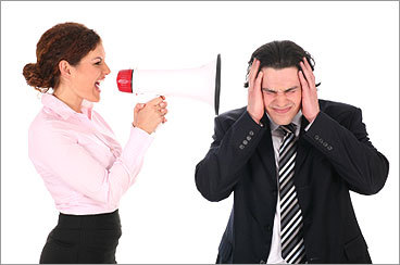 2. Noise This is one of the biggest culprits of bad etiquette in the office. Ringing cellphones, music, conference calls, and people chatting outside of your cube can make it difficult to concentrate. People who have naturally loud voices need to be aware of that, and make an effort to speak softly in order to avoid disturbing their co-workers.