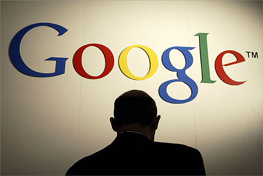 Description: Software 2008 revenue: $21.8 billion Mass. employees: 200+ Total US employees: 19,665* US headquarters: Mountain View, Calif. *Global figure. Many Google employees are US-based.