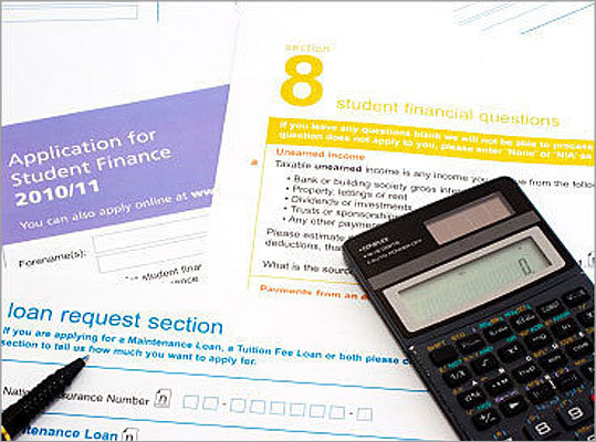 The Free Application for Federal Student Aid, or FAFSA, is an essential step toward getting help paying for college, as it commonly used by colleges and states to set grant and loan amounts. Although it used to be a somewhat painful process, recent simplifications to the filing process have made it much less of a chore. In fact, FAFSA.gov estimates that first-time users can complete the process in less than an hour. However, it helps to know what to expect before embarking on the filing process. Here are nine things to know before filing the FAFSA.