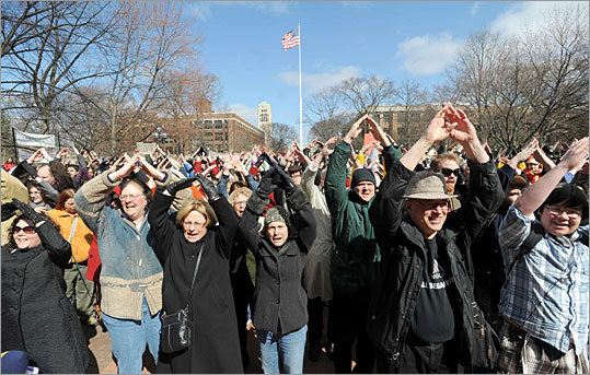 Ann Arbor, Michigan At the University of Michigan's central campus in Ann Arbor, people packed in for a three-minute 'flash' event designed to demonstrate their enthusiasm for the project. The Ann Arbor festivities included hundreds of people singing a three-minute rendition of the 'A2 Fiber anthem.' 'Our goal is to catapult Ann Arbor's Google Fiber fight to the national level,' the Ann Arbor group said in a posting on its Facebook page. A video of the event was being submitted to back Ann Arbor's bid.