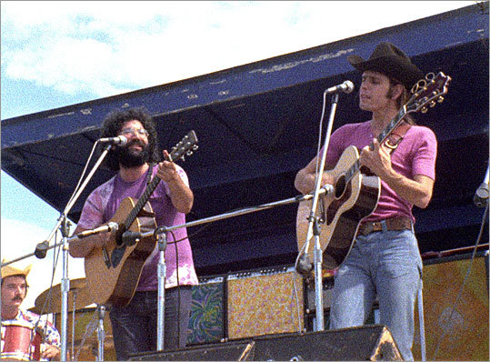 Be transparent The Grateful Dead's authenticity endeared them to fans and allowed the band to experiment. They found that mistakes are quickly forgiven if a company is transparent about what it's doing. Pictured: Jerry Garcia and Bob Weir perform at a music festival in 1970.
