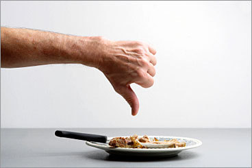 Solution: Be mindful of your food's aroma, and tread lightly when discussing co-workers' food choices Before bringing in a garlic-slathered tuna special, think about co-workers with acute olfactory senses. If a co-worker is the one with the pungent food, you may bring it up carefully if you have a good relationship. But be mindful of cultural differences: In many countries, heaps of seasonings are the norm.