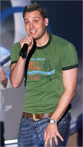 LFO lead singer Rich Cronin