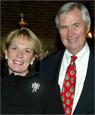 Amos Hostetter Net worth: $2.7 billion Overall rank: 527 Age: 76 Residence: Boston Hostetter founded Continental Cablevision in 1963, and made his fortune when he sold his stake in the company in the '90s. Hostetter and his wife, Barbara (shown together at left), have also founded the Barr Foundation charitable organization.