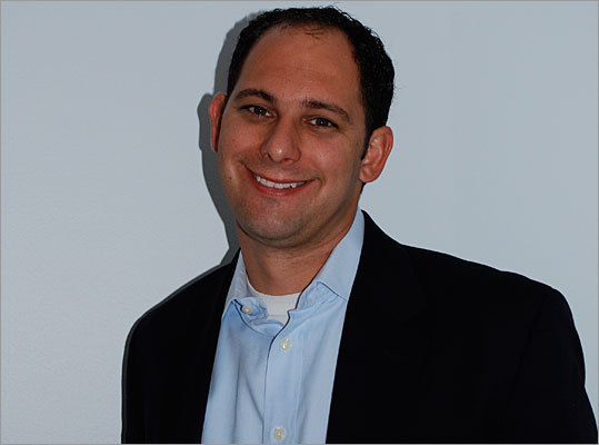 Elon Boms Managing director, Launch Capital, Cambridge Boms doesn't run the biggest investment fund in town, but it sure is the most eclectic. Launch puts early money into companies ranging from organic tofu producers to developers of iPhone apps to makers of diagnostic tests for doctors to a new coffee shop in Kendall Square. Boms says the fund has been making about two new investments each month.