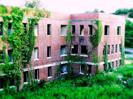 Foxborough State Hospital opened in 1893 as a treatment center for alcoholics. It was originally called the Massachusetts Hospital for Dipsomaniacs and Inebriates. It later became a facility for the care and treatment of the insane.