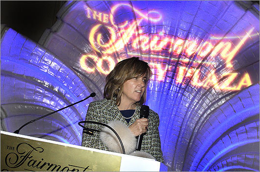 Nov. 10 in Boston The Back Bay Association held its 'Best of Back Bay' event at the Fairmont Copley Plaza Hotel. President and Executive Director Meg Mainzer-Cohen (pictured) thanked the attendees.