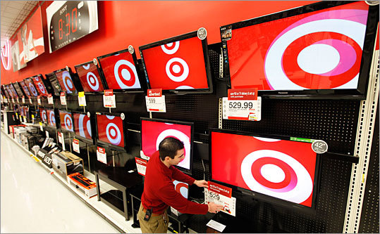 HDTVs under $300 Target has a doorbuster deal that is bound to garner interest: a 40-inch Westinghouse 1080p LCD HDTV for only $298 . Wal-Mart has a 32-inch Emerson 720p LCD for $198 .