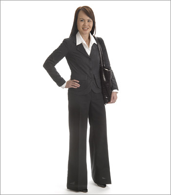 Women What to wear Dressing professionally gives people credibility. A professional pantsuit in a neutral color is an excellent option for a traditional or conservative work environment and makes a great first impression. The handbag is professional, not distracting, but large enough to carry a resume or portfolio.