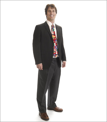 Men What not to wear It could be hard to take a candidate seriously with this look. This tie is too loud and silly for a conservative work environment and the candidate's hair looks a bit messy. Never overlook the details when preparing for an interview. Pay attention to the less visible -- but no less important -- aspects of your appearance, like shoes, socks, and accessories.